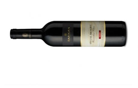 "<span class=""entry-title-primary"">'יקבי ברקן' גאים להשיק לראשונה:יין מלבק אדום מסדרת האיכותSpecial Reserve, בציר 2014</span> <span class=""entry-subtitle"">בין השאר מציג היין ארומות של תות ותבלינים מתוקים לצד טעמי שזיפים ופיטנגו, מנטה, ליקר דובדבנים ושוקולד</span>"