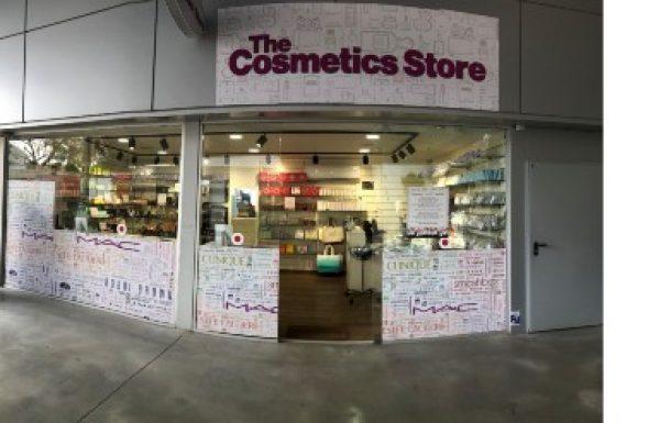 חנות קוסמטיקה חדשה נפתחה בעופר בילו סנטר –The Cosmetics Store.