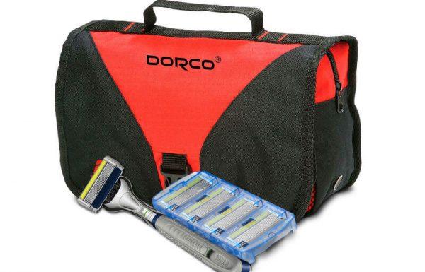 """המותג Dorco מציע מארז טיפוח בתיק רחצה המכיל מראה, ידית ורביעיית סכיני גילוח פרימיום ב-79 ש""""ח בלבד"""